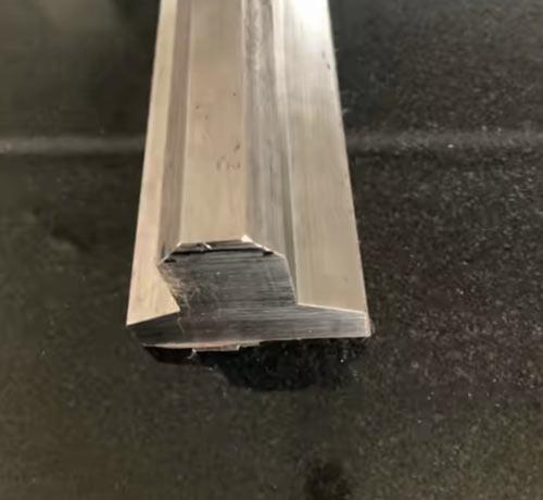 T型带斜边异型钢